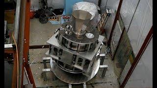原始重力波探る望遠鏡公開