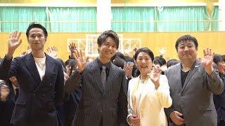 TAKAHIRO、映画館の無いロケ地で上映イベント