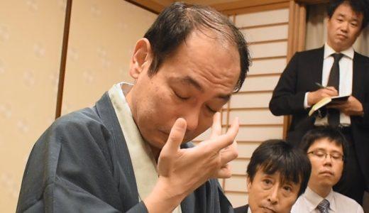 眼鏡外した将棋の強いおじさん 涙ぬぐい沈黙 初タイトルを獲得した木村一基九段 王位戦