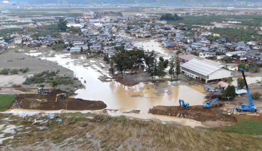 台風19号で決壊した千曲川の堤防で復旧工事