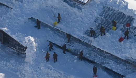 「助かった」 陸自が除雪作業開始 15年ぶり災害派遣要請の秋田
